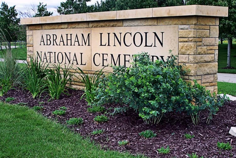 Abraham Lincoln National Cemetery in Elwood, IL